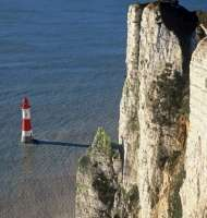 B HEAD AND LIGHTHOUSE_g-200