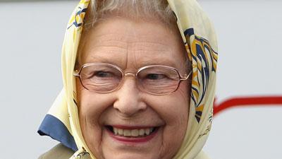 queen-smiling.jpg