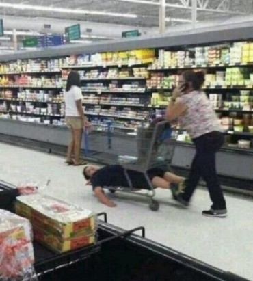 Meanwhile-in-the-grocery